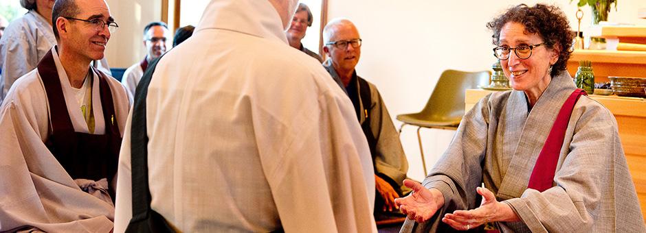Zen Master Jeong Ji teaching a student